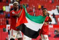Paul Pogba dan Amad Diallo Bentangkan Bendera Palestina di Markas Manchester United