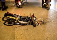 Tabrak Motor, Pengemudi Mobil Ini Dikejar-kejar Massa Gegara Kabur