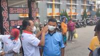 HUT Ke-6, Perindo Dairi Berbagi Masker ke Pedagang Pasar