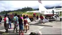 Usai Baku Tembak dengan KKTB, TNI-Polri Kuasai Bandara Aminggaru Papua