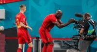 Lewat Selebrasi Gol, Lukaku Sampaikan Dukungan untuk Christian Eriksen