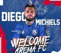 Arema FC Resmi Kontrak Pemain Naturalisasi Diego Michiels