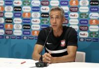 Timnas Polandia vs Slovakia, Paulo Sousa Pikul Tanggung Jawab Ganda