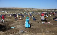 Demam Berlian Landa Desa Afrika Selatan Setelah Penemuan Batu Misterius