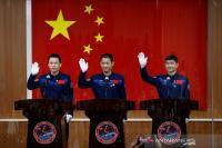 China Luncurkan Misi Luar Angkasa Berawak Pertama dalam Lima Tahun