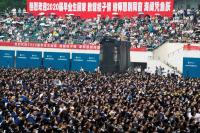 Covid-19 Terkendali, Wuhan Selenggarakan Wisuda Massal 11.000 Siswa