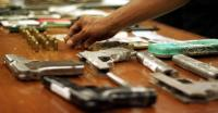 Warga Jambi Serahkan Senapan Mauser kepada Polisi