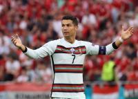 Bikin Coca-Cola Rugi Rp57 Triliun di Piala Eropa 2020, Cristiano Ronaldo Bisa Kena Hukuman