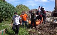 Bersihkan Eceng Gondok di Sungai, Pria Ini Temukan Mayat