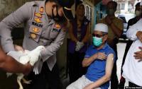 Hadiah Ayam hingga Apartemen Mewah Rp14 Miliar Jadi Iming-iming Vaksinasi Covid-19 di Asia