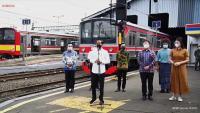 Tinjau Vaksinasi di Stasiun Bogor, Jokowi Harap Penumpang KRL Terlindungi dari Covid-19