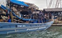 Resahkan Nelayan, TNI AL Tertibkan Penambang Ilegal di Teluk Kelabat Babel