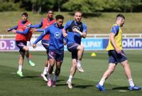Timnas Inggris Akan Turunkan Dua Bek Sayap Berbeda Lawan Skotlandia