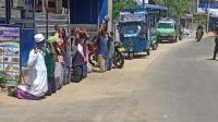 Diduga Langgar Lockdown, Muslim Sri Lanka Dipaksa Berlutut dan Dipukuli Tentara