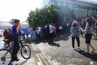 Antre Vaksinasi Covid-19, Warga Semarang Malah Bergerombol
