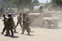 Rumah Sakit Afghanistan Terbakar Dihantam Roket, Militan Taliban Rebut Kota Pelabuhan