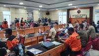 Pencarian Korban 17 Kapal Tenggelam di Pontianak Dihentikan, 31 Orang Masih Hilang