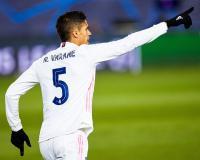 Duet Varane-Maguire Segera Terjadi, Man United Tinggal Umumkan Kabar Resmi