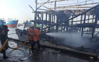 Ini Penyebab Kapal Nelayan Terbakar di Pelabuhan Muara Baru