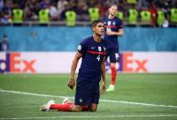 Bayar Real Madrid Rp856 Miliar, Man United Kontrak Raphael Varane hingga 2025