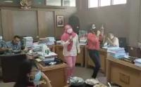 Viral 2 Anggota DPRD Solo Karaokean di Ruang Kerja, Ini Kata Ketua Dewan
