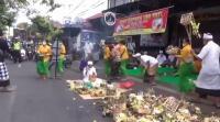 Bersihkan Aura Negatif, Warga Gelar Ritual Mecaru di Lokasi Pembunuhan oleh Debt Collector
