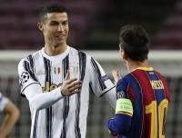Cristiano Ronaldo Ngaku Lebih Tampan dari Lionel Messi