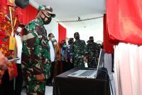 Panglima TNI Tinjau Kesiapan Tenaga Tracer Digital di Puskesmas Sidoarjo dan Malang