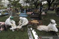 Cerita Yani Relawan Pemulasaraan Jenazah Covid-19 Pulang Subuh Saat Tangani Lonjakan Kematian