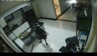 Balikpapan Gempar! Perampok Bersenjata Sekap Pemilik Rumah Mewah, Terekam CCTV