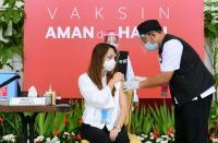 Pemprov DKI Akan Buka Sektor Non Esensial Gunakan Kartu Vaksin, Ini Tanggapan Satgas Covid-19