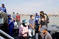 Kapolda Jatim Cek Serbuan Vaksin Merdeka di Atas Kapal
