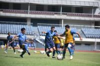 Lawan Bali United, Persib Bandung Terancam Tak Diperkuat Bek Andalan