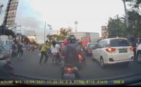 Alvin Lie Unggah Video Polisi Semarang Jatuhkan Pengendara Motor, Ini Kata Polda Jateng