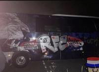 Jelang Bertanding di Stadion Ibrox, Bus Olympique Lyon Dicoret-coret Fans Rangers
