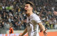 Cetak Gol, Mesut Ozil Senang Bantu Fenerbahce Raih Poin Pertama di Liga Eropa 2021-2022