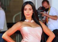Bukan Georgina Rodriguez, Predikat WAGs Tersukses Justru Jadi Milik Shakira