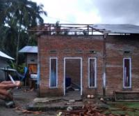 Angin Puting Beliung Rusak 17 Rumah Warga Mamuju