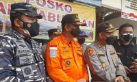 Evakuasi Korban Kapal Tenggelam, Lalu Lintas Kapal di Pelabuhan Cilacap Ditutup