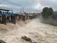 Hujan Guyur Puncak, Bendung Katulampa Siaga III