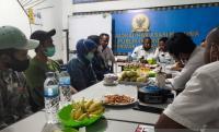 Trauma, Nakes Korban KKB Kiwirok Mengadu ke Komnas HAM Papua