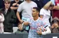 Man United Sudah Punya Cristiano Ronaldo, Gary Neville Nilai Keseimbangan Skuad Solskjaer Masih Lemah