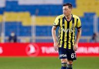 Mesut Ozil, Karier Sepakbolanya Hancur karena Bela Muslim Uighur