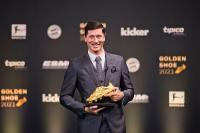 Girangnya Robert Lewandowski Dianugerahi Sepatu Emas Eropa 2020-2021, Kalahkan Cristiano Ronaldo dan Lionel Messi