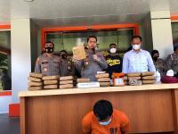 Tangkap Pengedar Narkoba, Polisi Sita 25 Kg Ganja
