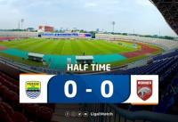Persib Bandung vs Barito Putera Tanpa Gol di Babak Pertama