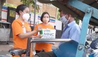 Ajak Warga Patuhi Prokes, MNC Peduli Dukung Relawan Bagikan Masker di Simpang Lima Semarang
