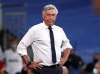 Carlo Ancelotti Tak Senang Barcelona Alami Masa Sulit