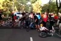 Keluhkan Polisi Tidur Tinggi, Pesepeda: Ini Bukan Jalan Kampung!