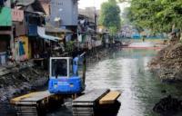 Dinas SDA DKI Jakarta Gerebek Lumpur di Kali BKN Cilincing